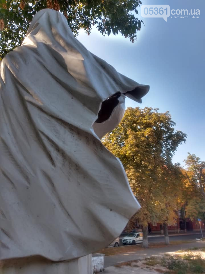 Черговий акт вандалізму в Лубнах, фото-3