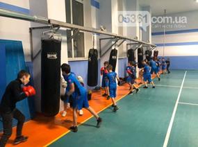 Спортсмени Лубен отримали новий боксерський ринг, фото-1